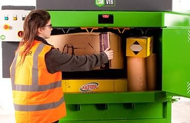 Bálázógép hulladéktömörítés