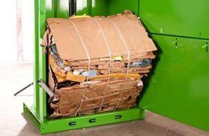 Bálázógép hulladékok értékesítéséhez