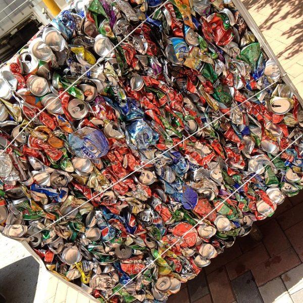 tömörített újrahasznosítható hulladék